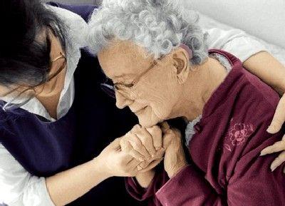 Protection juridique des personnes âgées : la curatelle, pour le conseil et le contrôle