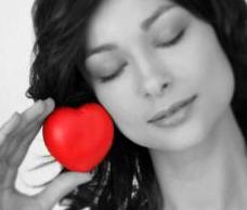 Maladies cardiovasculaires : Les femmes moins de 50 ans sont plus exposées